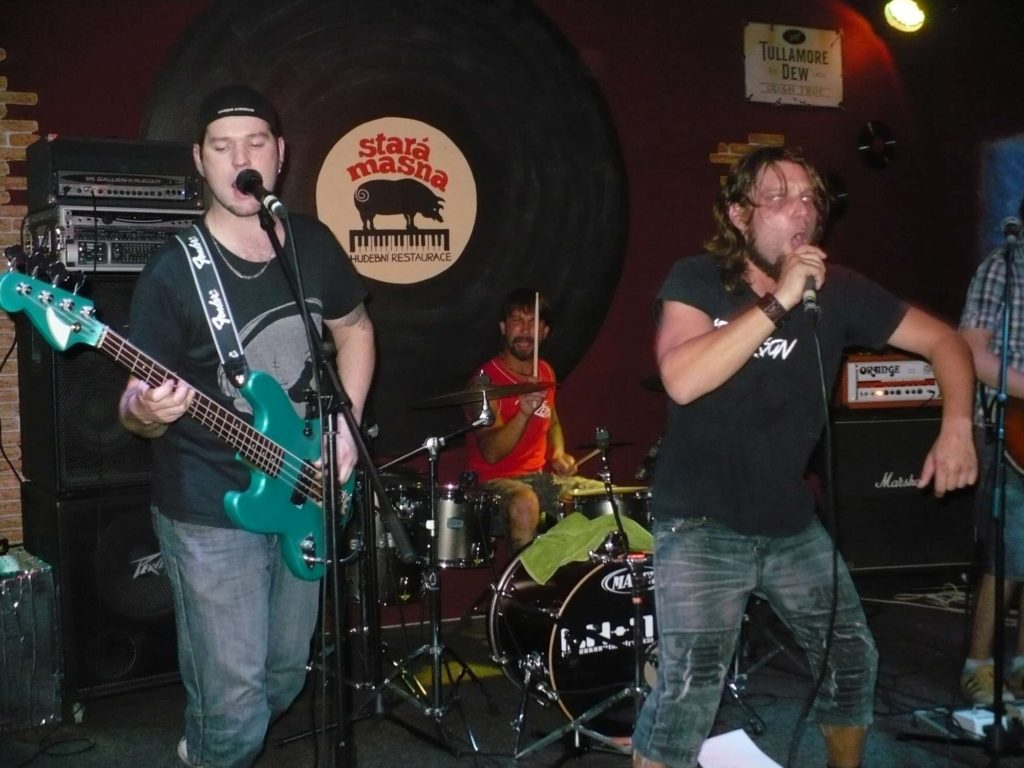 Stará Masna, Kroměříž [5] (5.9.2014) - Kervežekson (crossover kapela z Prostějova)