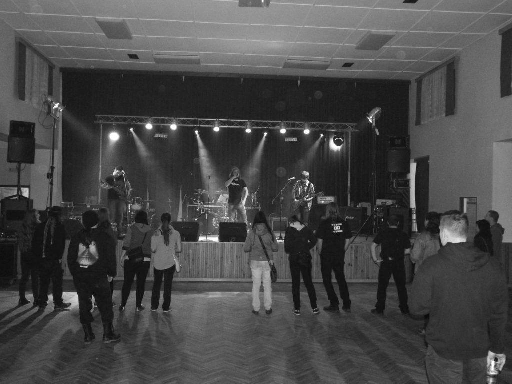 The November Revolution Day of Metal, Čelčice [11] (15.11.2014) - Kervežekson (crossover kapela z Prostějova)