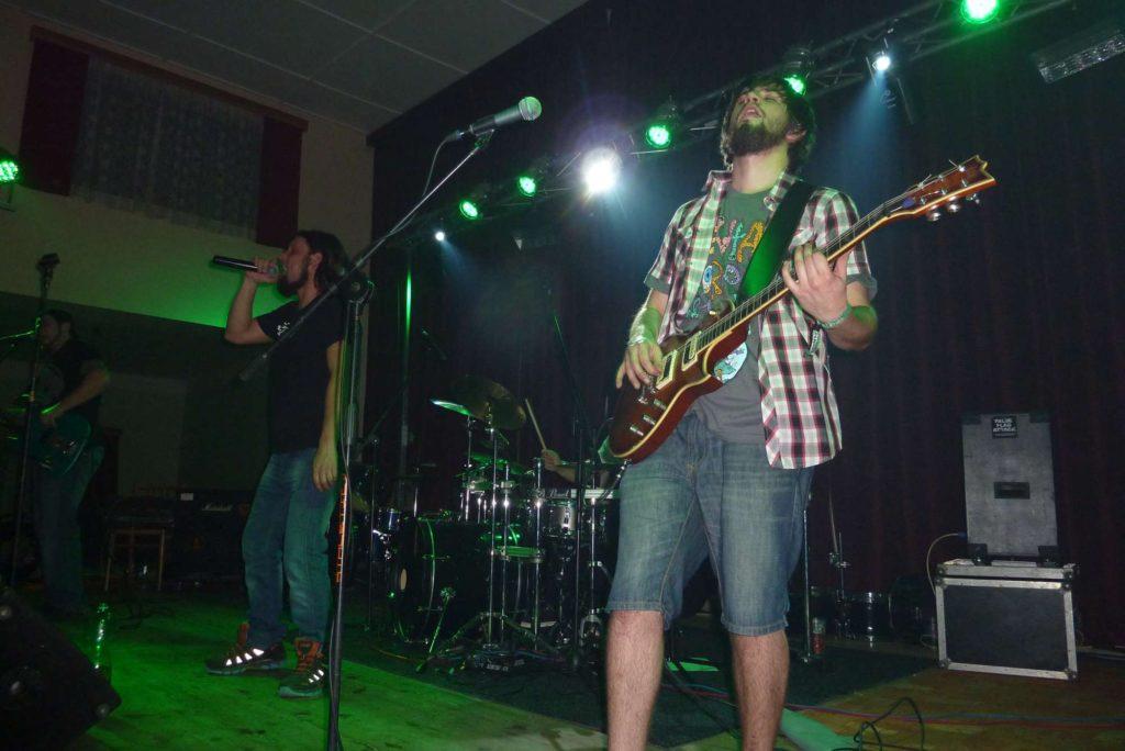 The November Revolution Day of Metal, Čelčice [18] (15.11.2014) - Kervežekson (crossover kapela z Prostějova)