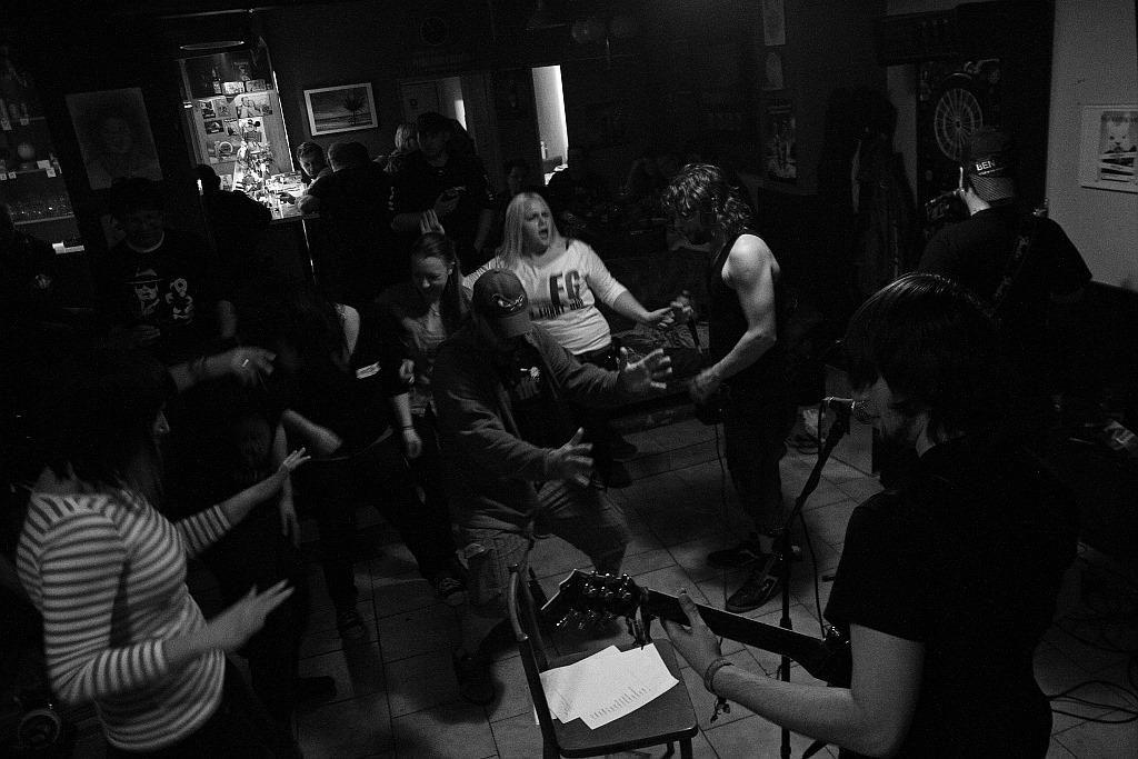 Pařba U Kulaté vol.3, Prostějov [17] (19.4.2014) - Kervežekson (crossover kapela z Prostějova)