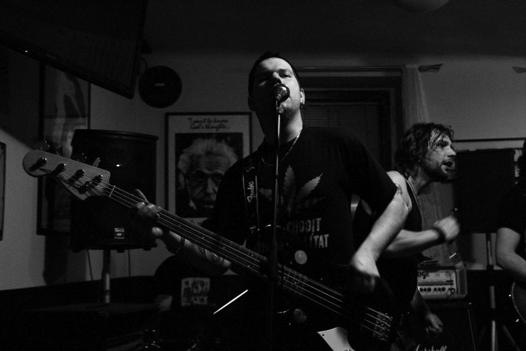 Pařba U Kulaté vol.3, Prostějov [7] (19.4.2014) - Kervežekson (crossover kapela z Prostějova)