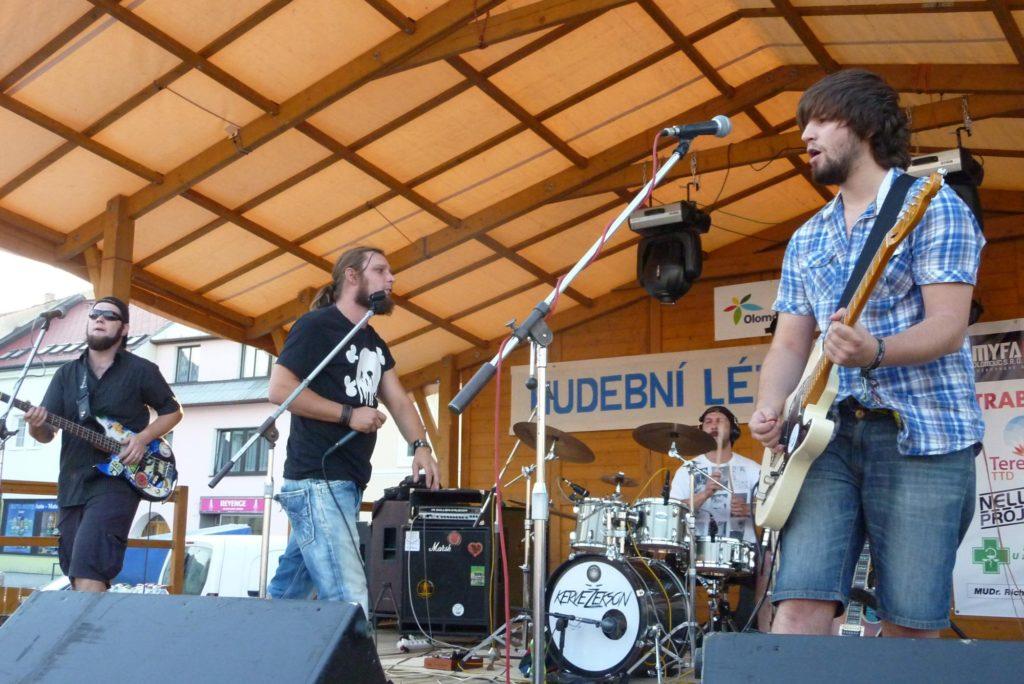 Kojetínské Hudební Léto 2015, Kojetín [8] (21.8.2015) - Kervežekson (crossover kapela z Prostějova)