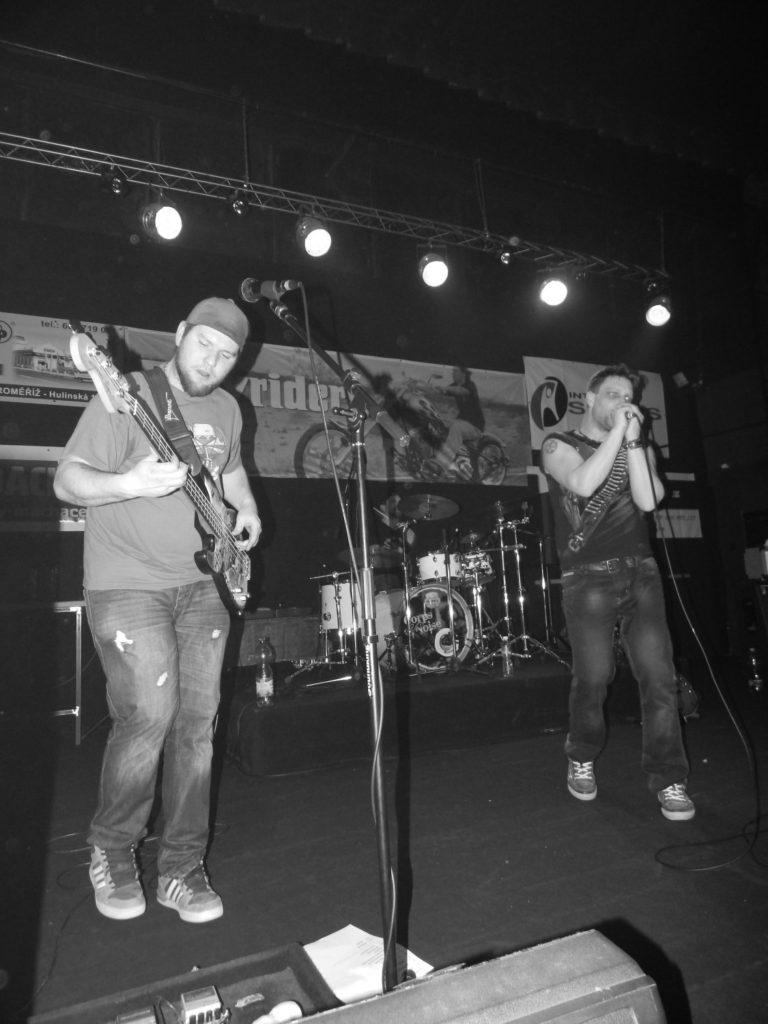 Music Forever, Klub Hell, Chropyně [10] (26.3.2016) - Kervežekson (crossover kapela z Prostějova)