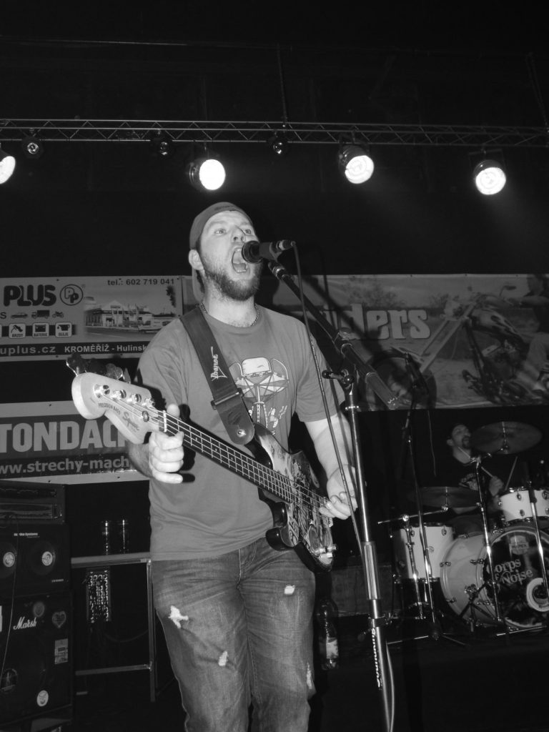 Music Forever, Klub Hell, Chropyně [11] (26.3.2016) - Kervežekson (crossover kapela z Prostějova)