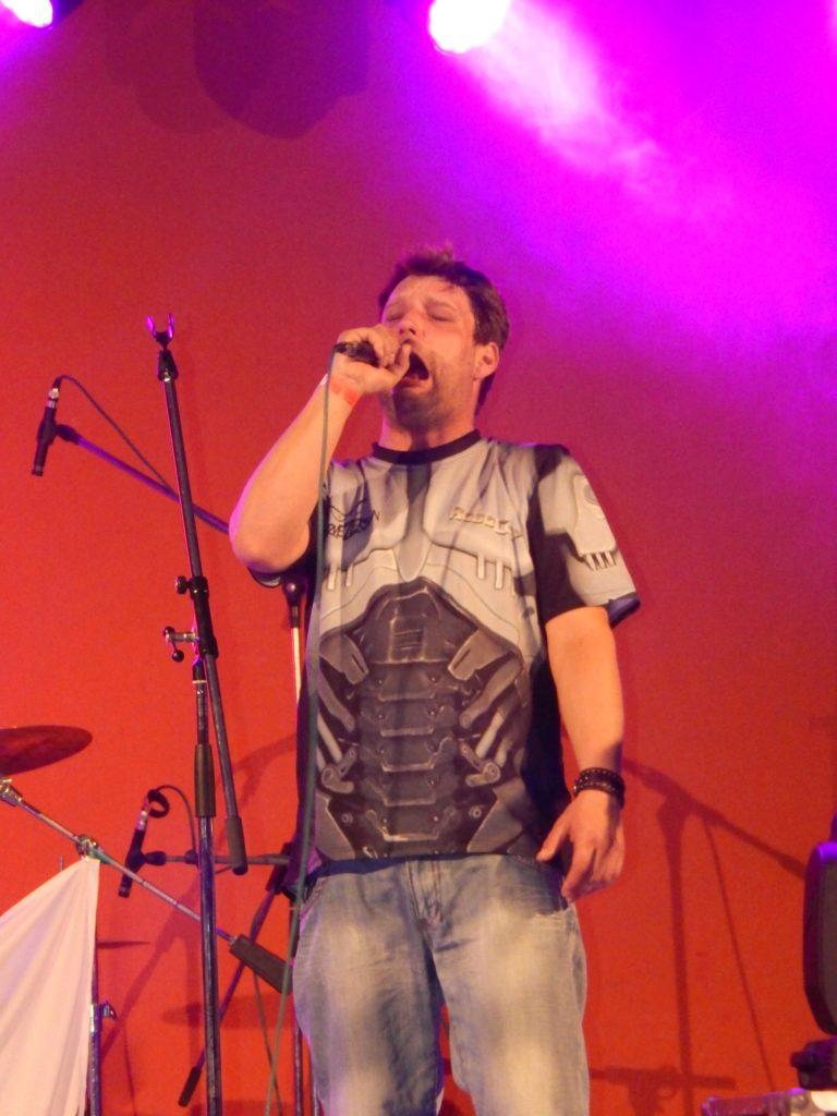 Rocková Noc, Sokolovna, Střelice [7] (6.5.2016) - Kervežekson (crossover kapela z Prostějova)