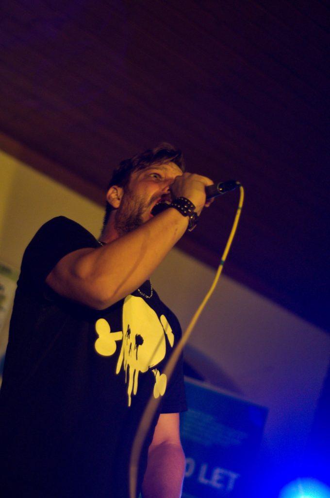 Dobré Duše, Kojetín [13] (24.9.2016) - Kervežekson (crossover kapela z Prostějova)