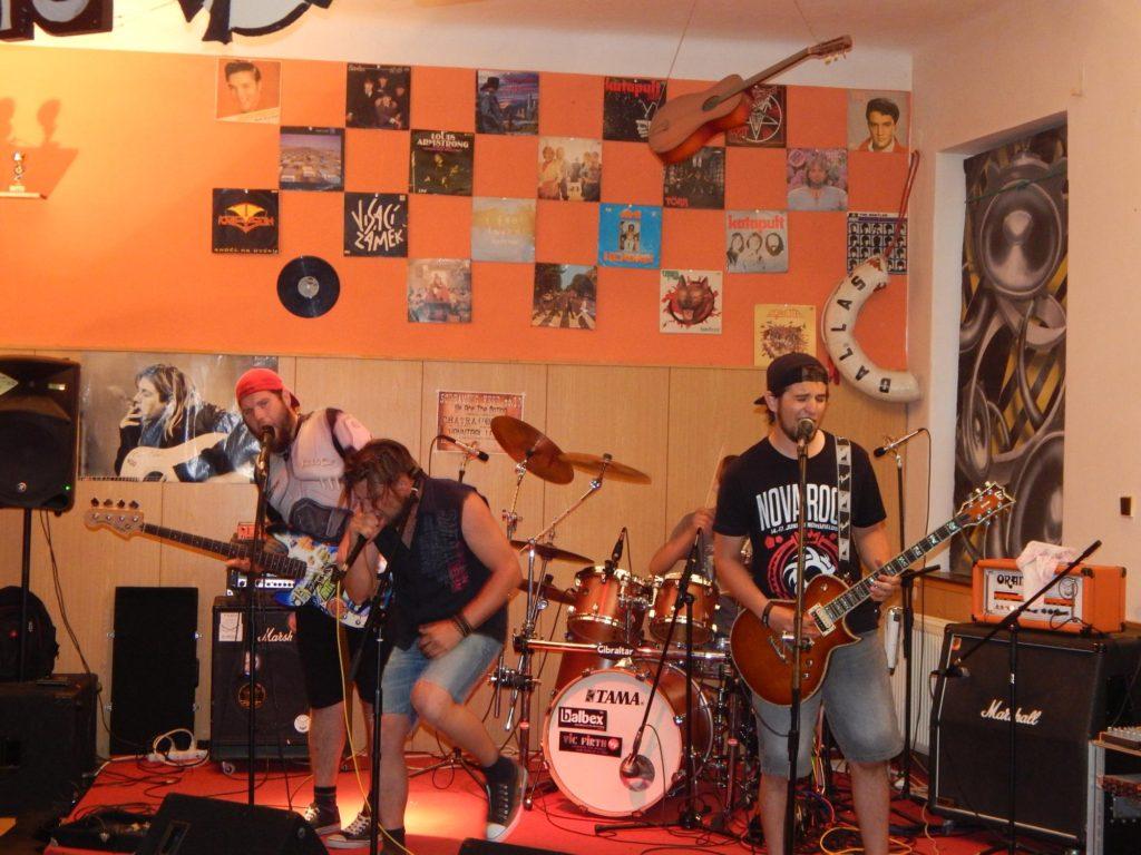 Hudba z Kristýnky, Rocková Pivnice Kristýnka, Kojetín [8] (10.7.2017) - Kervežekson (crossover kapela z Prostějova)