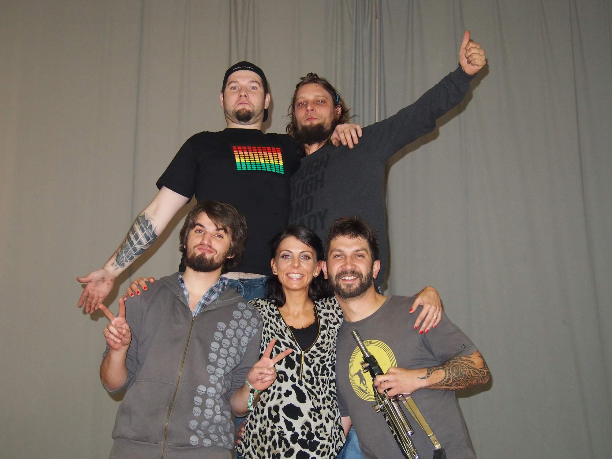 Svatba, Stříbrnice [6] (1.11.2014) - Kervežekson (crossover kapela z Prostějova)