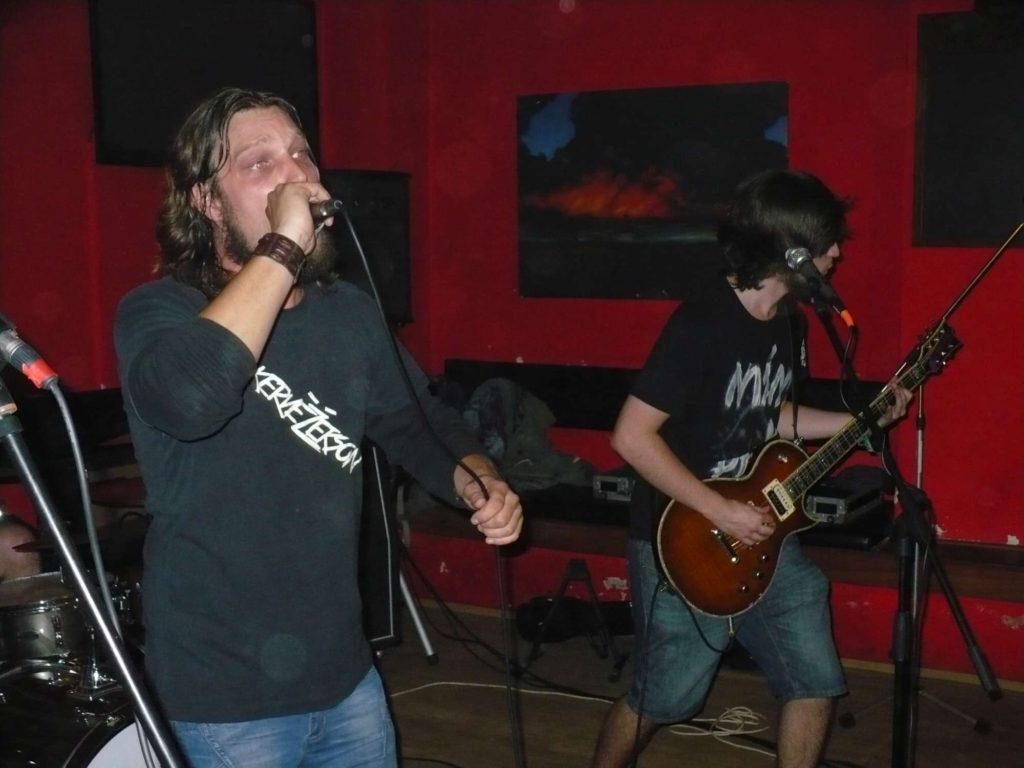 Back to School U Čerta, Olomouc [12] (28.9.2014) - Kervežekson (crossover kapela z Prostějova)