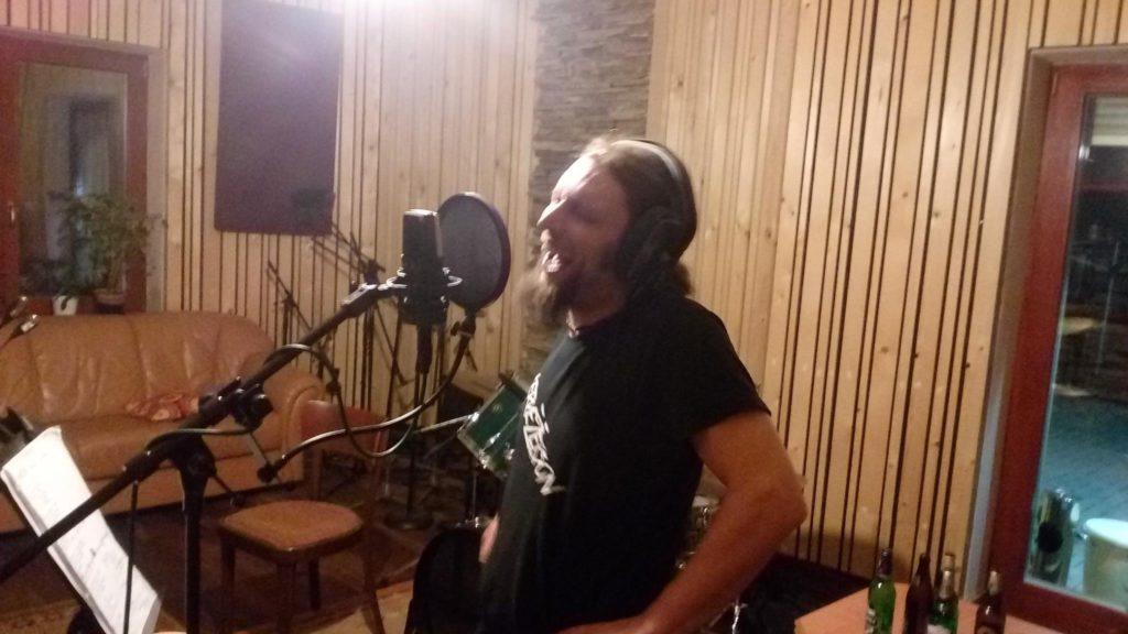 """Nahrávání ve studiu - Album """"Robocop"""" [10] - Kervežekson (crossover kapela z Prostějova)"""