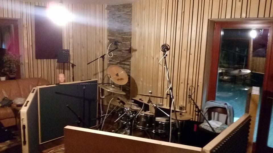 """Nahrávání ve studiu - Album """"Robocop"""" [4] - Kervežekson (crossover kapela z Prostějova)"""