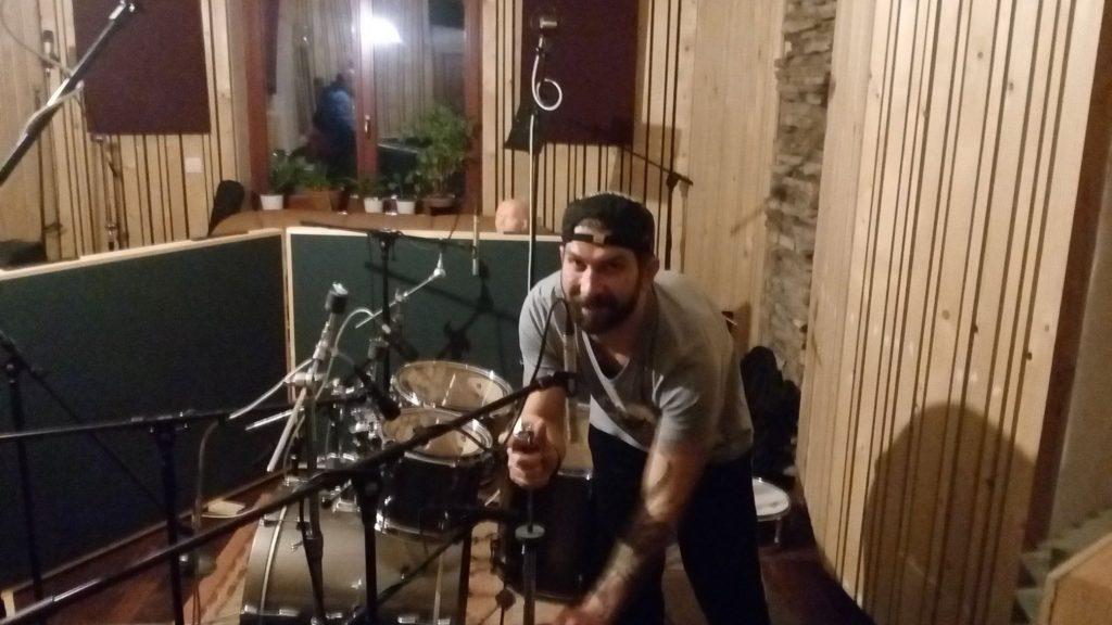 """Nahrávání ve studiu - Album """"Robocop"""" [5] - Kervežekson (crossover kapela z Prostějova)"""