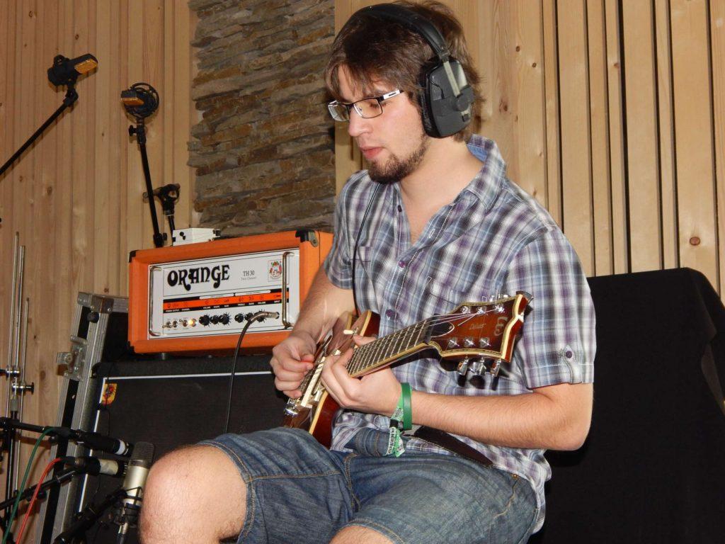 """Nahrávání ve studiu - Album """"Ty Picho..."""" [1] - Kervežekson (crossover kapela z Prostějova)"""