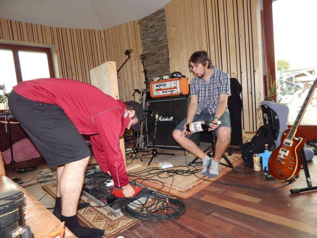 """Nahrávání ve studiu - Album """"Ty Picho..."""" [3] - Kervežekson (crossover kapela z Prostějova)"""