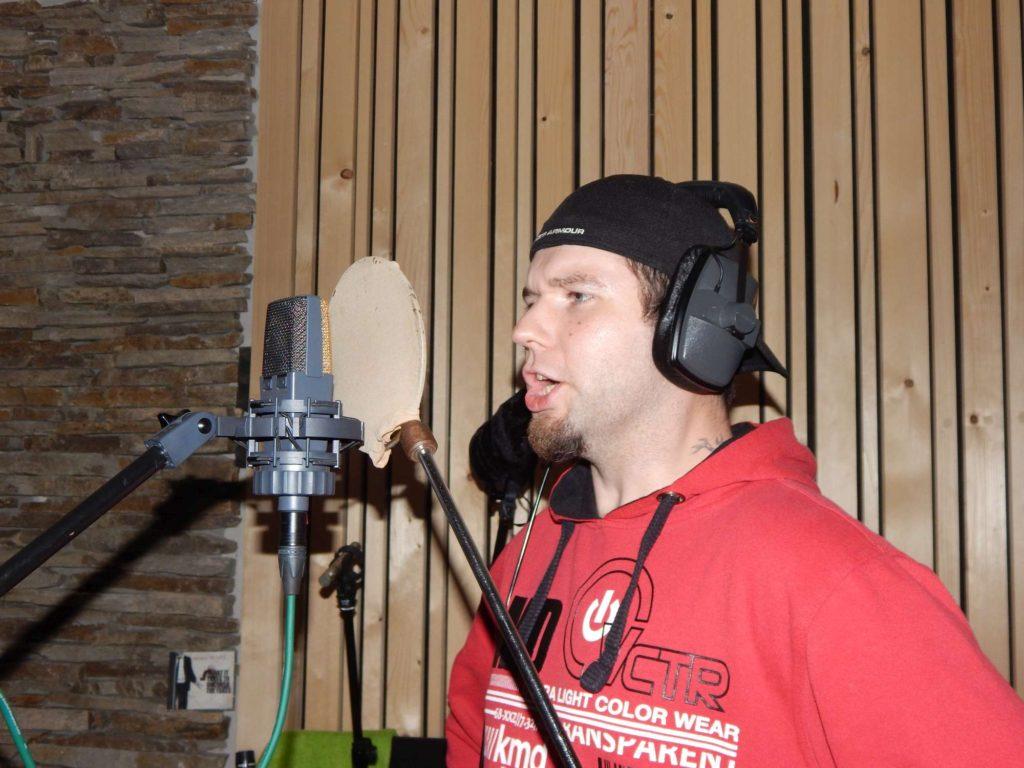 """Nahrávání ve studiu - Album """"Ty Picho..."""" [8] - Kervežekson (crossover kapela z Prostějova)"""