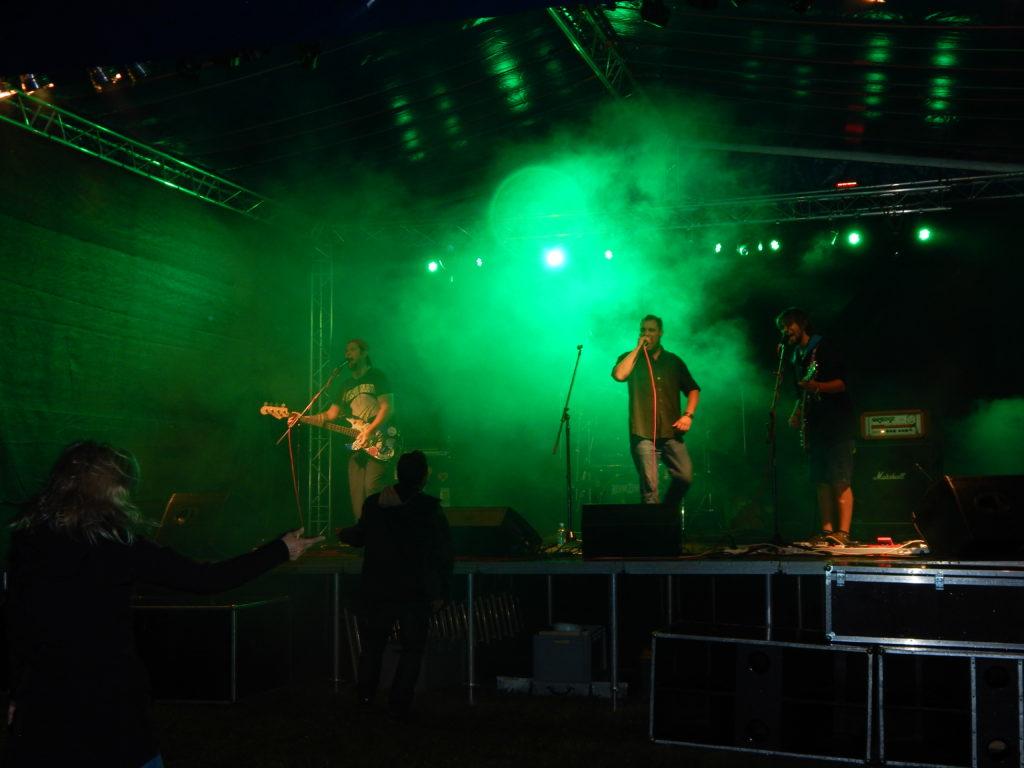 End of Summer, Bludov [2] (1.9.2017) - Kervežekson (crossover kapela z Prostějova)